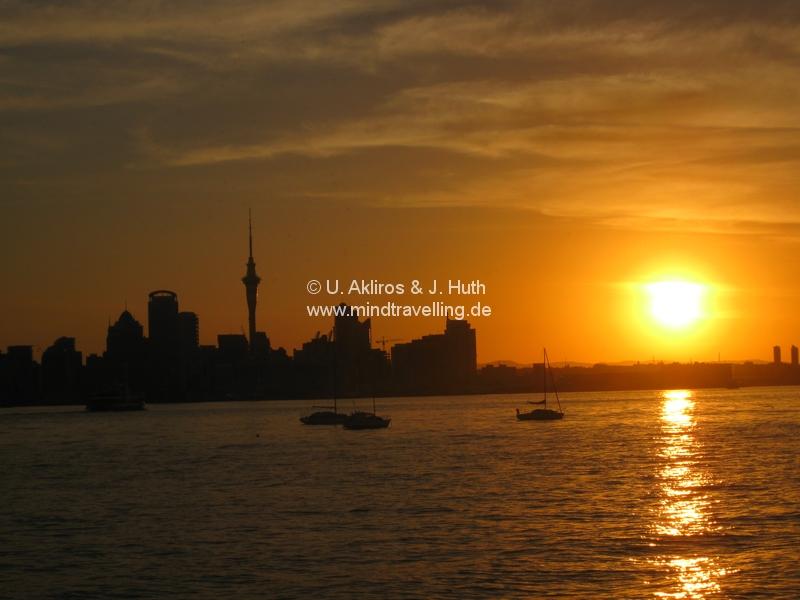 Unser Ausflug nach Devonport hat uns einen herrlichen Sunset über der Skyline von Auckland beschert