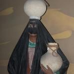 Im Dubai Museum kann man noch die traditionelle Burqa sehen, auf den Straßen haben wir nur Schleier gesehen