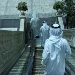 Emiratis trifft man meisten in den klimatisierten Shoppingmalls...