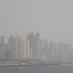 Skyline verschwindet fast im Smog
