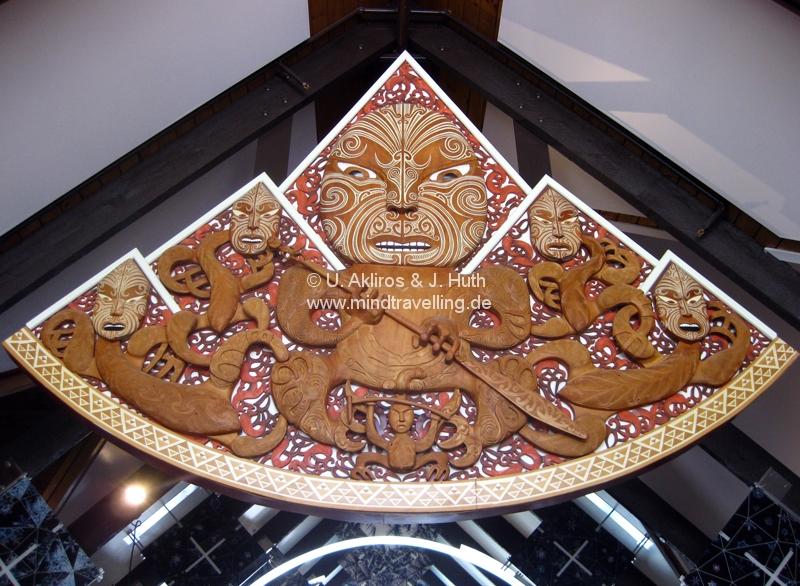 maoricarving.jpg