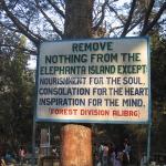 Eso-Schild auf Elephantine Island (Mumbai / Bombay)