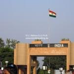 Spektakel an der Grenze zwischen Indien und Pakistan