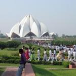 Schuklassen beim Delhi Lotus Tempel