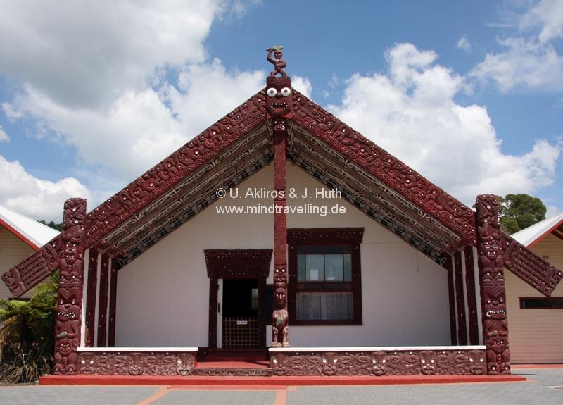 Versammlungshaus der Maoris im Whakarewarewa Thermal Village in Rotorua