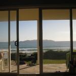 Im Holiday Bach (=Haus) in Taupo Bay wo wir Donna, Greg und die Kids für 2 Tage besuchen