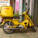 DHL geht in Cambodia natürlich auch per Moped